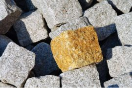 Cechy kostki granitowej