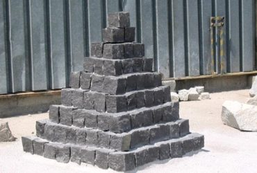 Kostka granitowa czarny szwed
