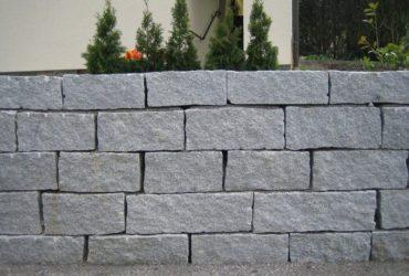 Kamień murowy – ciosy granitowe łupane